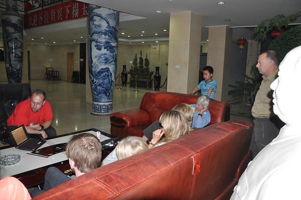"""Dinosaurs Along The Silk Road"" -- Sinofossa 2009 13: Jerry's Changma Talk"